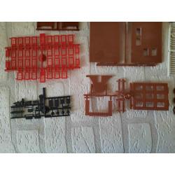 Dolfijnen met schelp en waterplanten