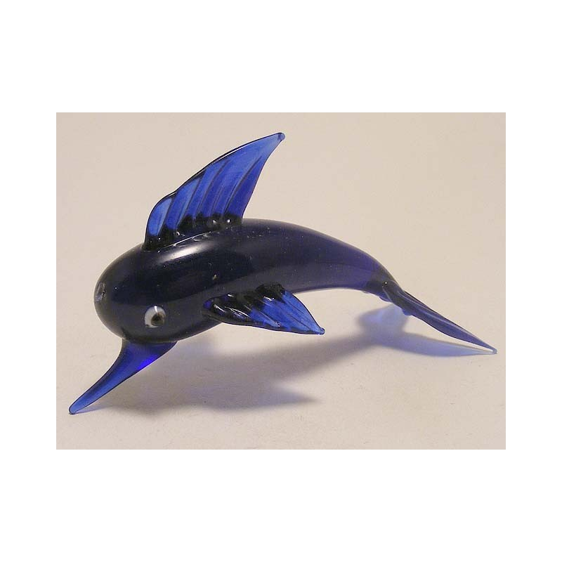 Vis van blauw glas
