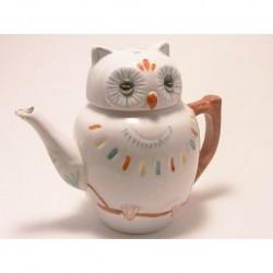 Mini teapot in a shape of an owl brown