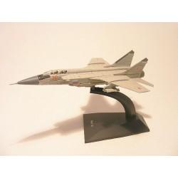 MIG 31 USSR straaljager vliegtuig 1:144 Deagostini grijs