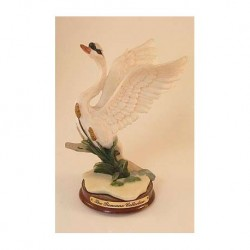 Swan bird on a wooden platter of The Romano Collection