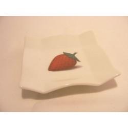Vierkant schaaltje van porselein voor je theezakje, amuse, bonbon enz met een aardbei afbeelding