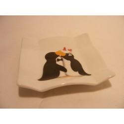 Vierkant schaaltje van porselein voor je theezakje, amuse met verliefde pinguins afbeelding