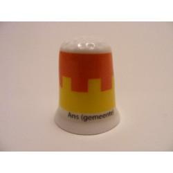 Ans (gemeente) vlag Belgie op een porselein vingerhoedje