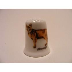 Abessijn getekend op een porselein vingerhoedje