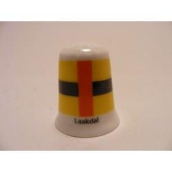 Laakdal gemeente vlag in Belgie op een porselein vingerhoedje