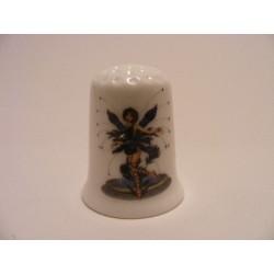 Blauw elfje afbeelding op een porselein vingerhoedje