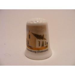 Duinoord in Schiermonnikoog op een porselein vingerhoedje