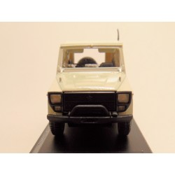 DKW Munga 4 softtop Ambulance 1:43 Starline models lichtcreme