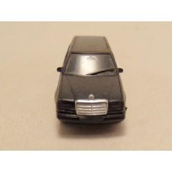 Pontiac Firebird Matchbox 1:87 geel