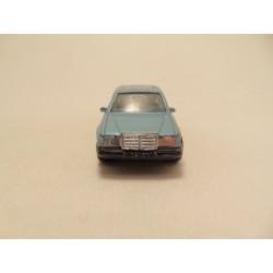 Nissan 300 ZX 1990 Matchbox 1:64 geel