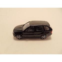 Volkswagen Kever 1:76 Cararama rood
