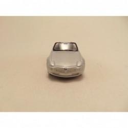Datsun Patrol Pickup 1:64 Guisval rood