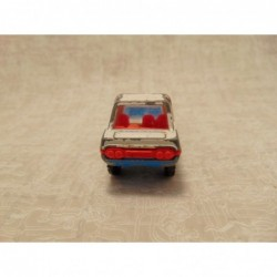 Volkswagen new beetle cabrio 1:57 Realtoy rood